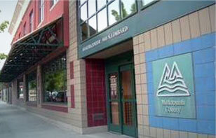 Image of main entrance to ATSU's Northwest Regional Primary Care Association (NWRPCA) in Portland, OR