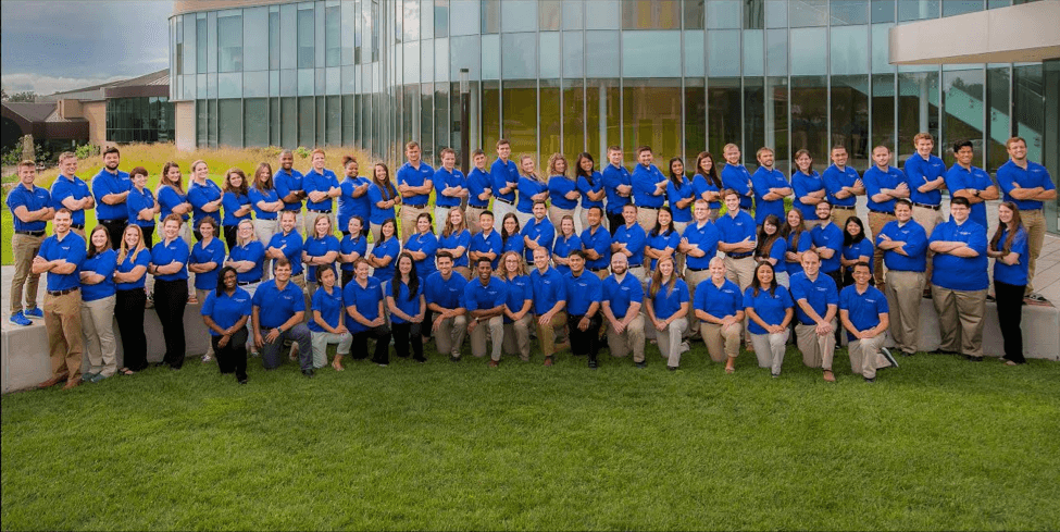 ATSU student ambassadors gather in front of the Missouri campus of ATSU